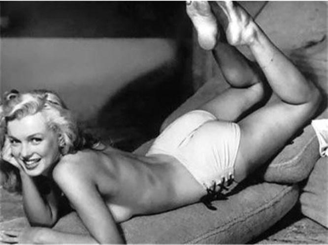 57 yıllık Playboy zirveye O'nu koydu!